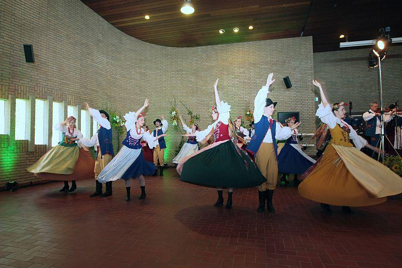 feest Tsjechisch kostuum in Dokkum