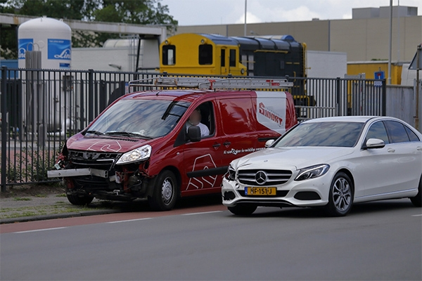 woensdag 13 juli - Auto's in botsing op Noorderhogeweg