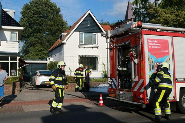zondag 17 juli - Schade aan garage na containerbrand