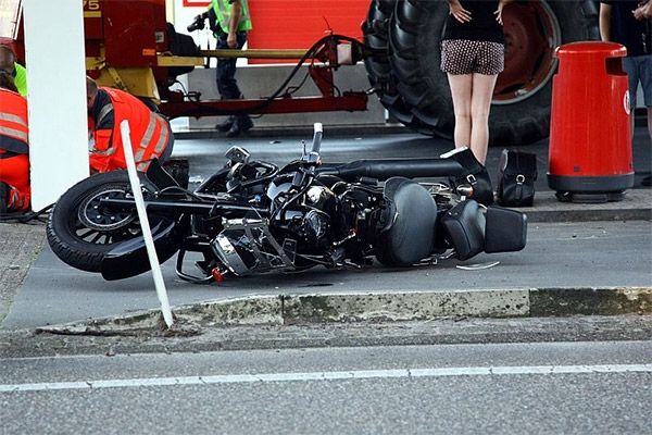 dinsdag 19 juli - Motorrijder raakt zwaargewond op Scheiding