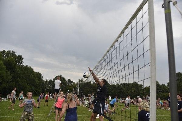 woensdag 20 juli - Stratenvolleybaltoernooi Ternaard