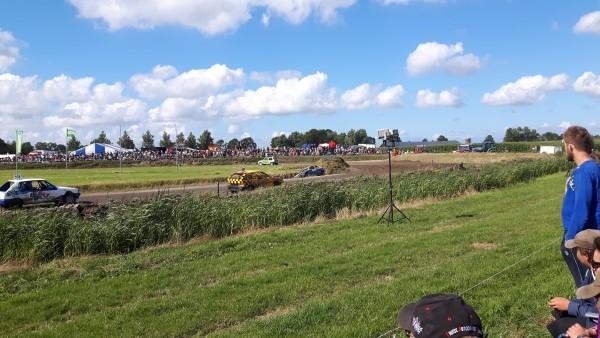 zaterdag 06 augustus - Duizenden bezoekers bij NAC Autocross Kollum