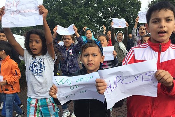 vrijdag 16 september - Asielzoekers in protest om uitzettingsbeleid