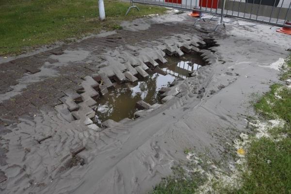 zaterdag 17 september - Waterlekkage Harddraversdijk Dokkum