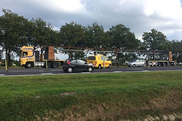 vrijdag 23 september - Groot transport rijdt verkeerd op Centrale As