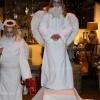 23 december 2012 Dokkum - Leuk h� deze engeltjes in de Vlasstraat van Dokkum