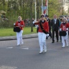 05 mei 2013 Burgum - Drumband de Marko's ging voorop tijdens de dodenherdenking in Burgum. Ook de Burgumer muziekverenigingen en de scouting droegen bij aan de herdenking. 