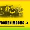 28 januari 2015 Surhuisterveen - vijf jonge gasten brengen een tribute aan de 60's en 70's. Herleef de sixties en seventies met de Wooden Moons.