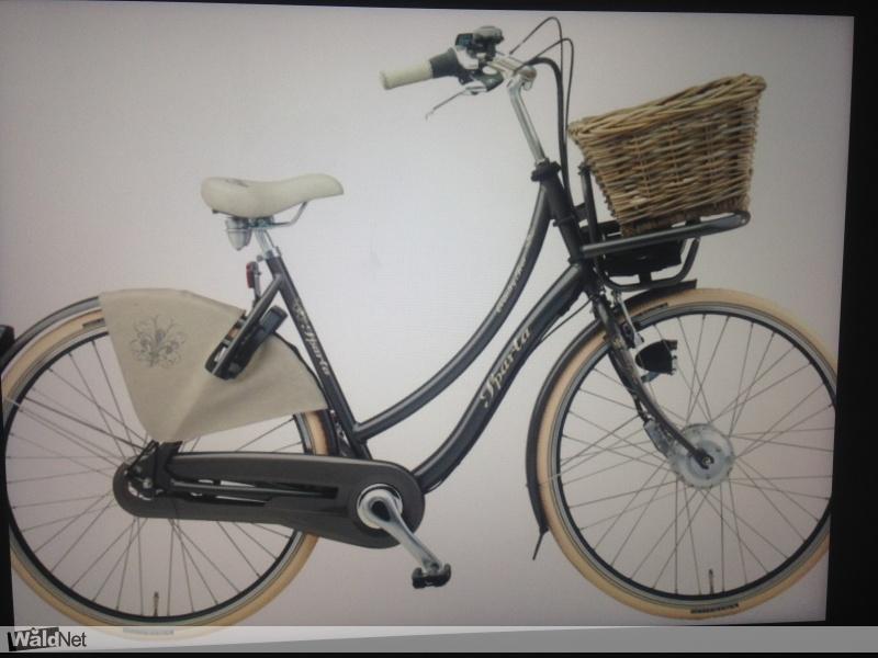 woensdag 26 juli - Dames Sparta fiets gestolen