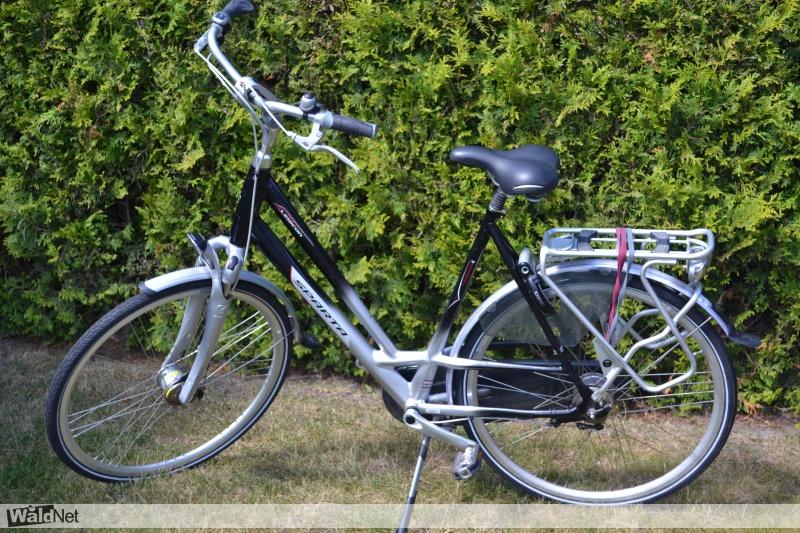 woensdag 26 juli - Dames fiets gestolen Sparta Lexion