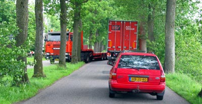 Keningswei smal voor vrachtauto's