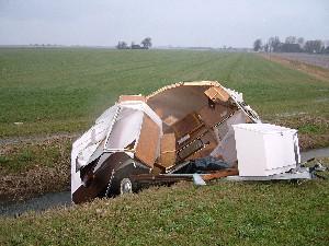 Caravan totall loss na windvlaag