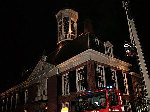 Uitruk brandweer naar warm stadhuis