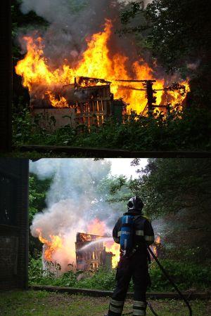 Hut aan De Lange West afgebrand
