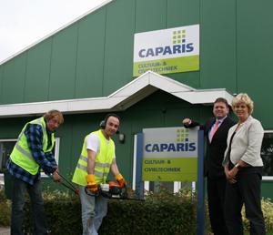 T-diel samen met Caparis aan het werk