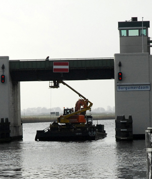 Verkeershinder bij Burgumer brug