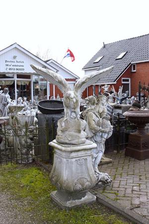 Betonnen Tuinbeelden Schaap.Harkema Antiek En Beelden Bij Postma