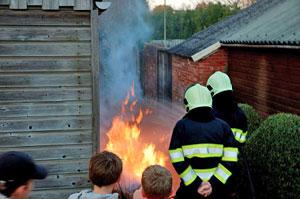 Vuilcontainer vat vlam in Drachten