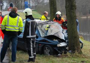 2 gewonden bij ongeval Donkerbroek
