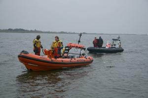 Politieboot met pech op Lauwersmeer