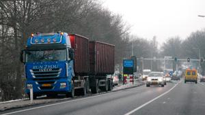 Vrachtwagen verliest container