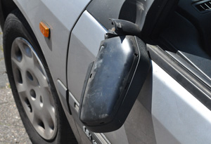 Vandalen vernielen auto's in Kollum