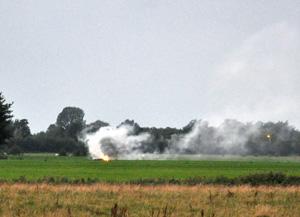 Kollumer brandweer blust bermbrand