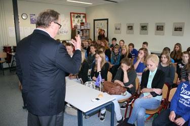 Wet 14-jarige naar Europees Parlement