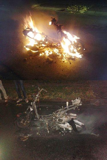 Jongens steken scooter in brand