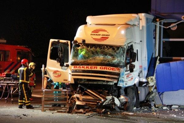 Vrachtenwagenchauffeur (58) uit Ee overleden