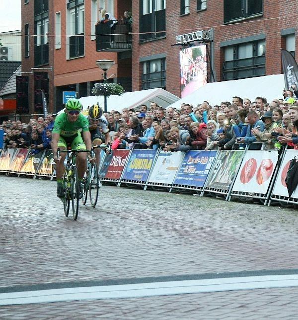 Peter Sagan wint profronde in Surhuisterveen