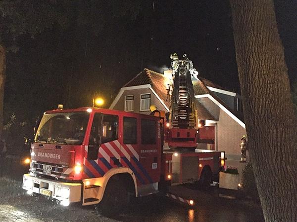Brand op Domela Nieuwenhuisweg in Nij Beets