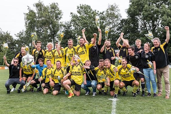 ONT wint finale nacompetitie en promoveert!