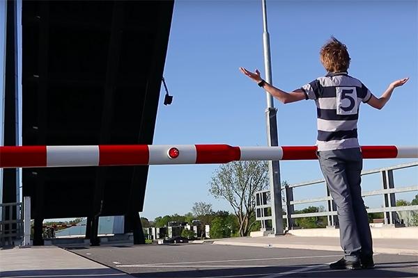 Woensdag wordt brug Burgum 'verbeterd'