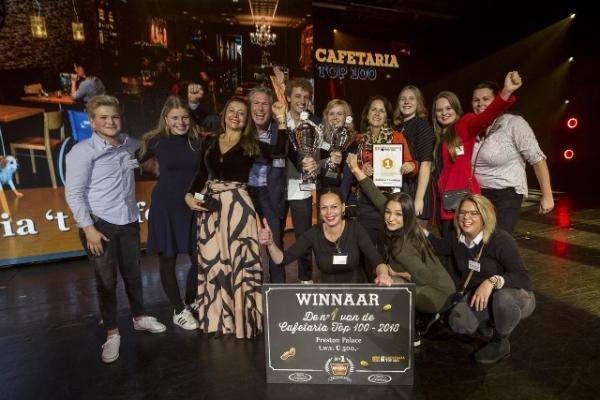 't Luifeltje in Burgum wint Cafetaria Top 100