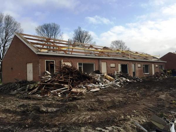 Huizen in Harkema tegen de vlakte voor nieuwbouw