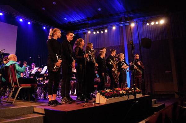 Lois Lane zingt op Nieuwjaarsconcert De Wâldsang