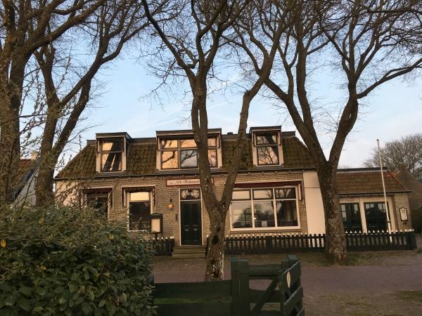 Ameland krijgt speciaalbier+lunch in De Welvaart