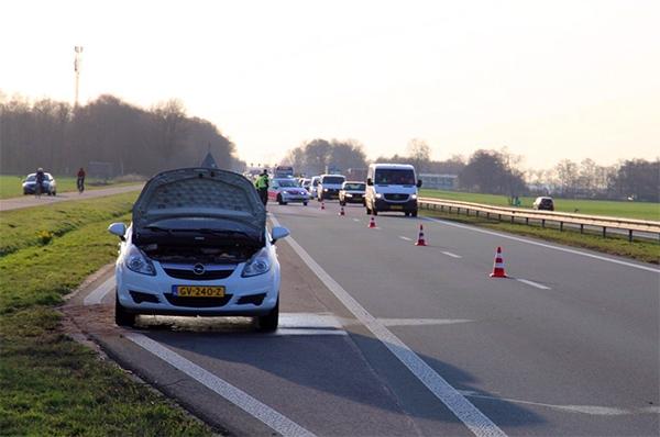 File op Rijksstraatweg door autobrand