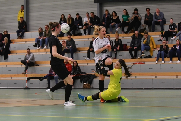Drachtster Boys VR1 wint met 6-2 van Apeldoorn