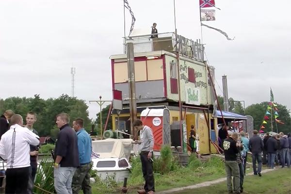 Feestboten en pontons verboden op Veenhoopfestival
