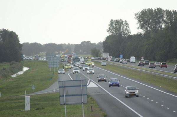 Kilometers file na ongevallen op A7