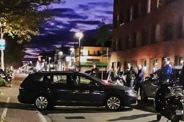 Auto rolt uit parkeervak na vergeten handrem