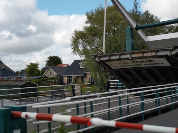 Bediening brug Eastermar voorlopig 'geregeld'
