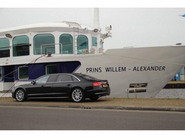 Luxe Audi A8 van Romke Kooyenga staat te koop