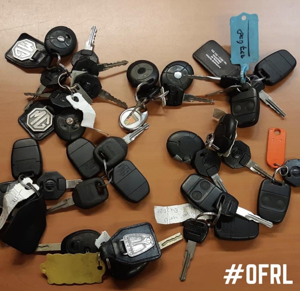 Politie neemt sleutels mee van openstaande auto's