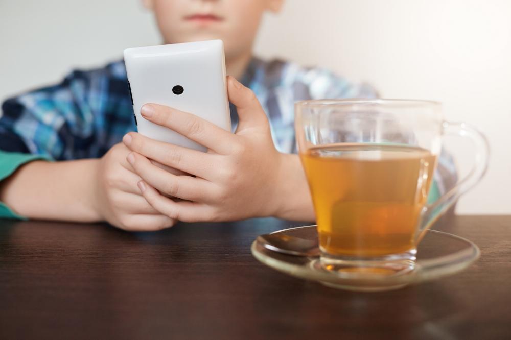 Kinderen in het noorden een jaar later eigen device dan in de rest van Nederland