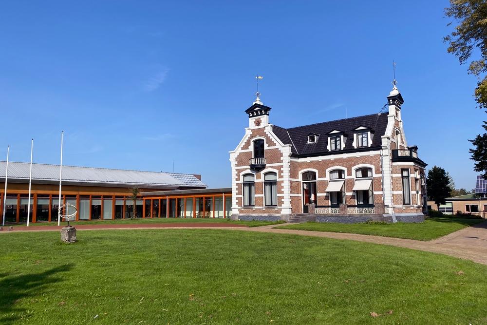 Openbare verkoop voormalig gemeentehuis Kollum