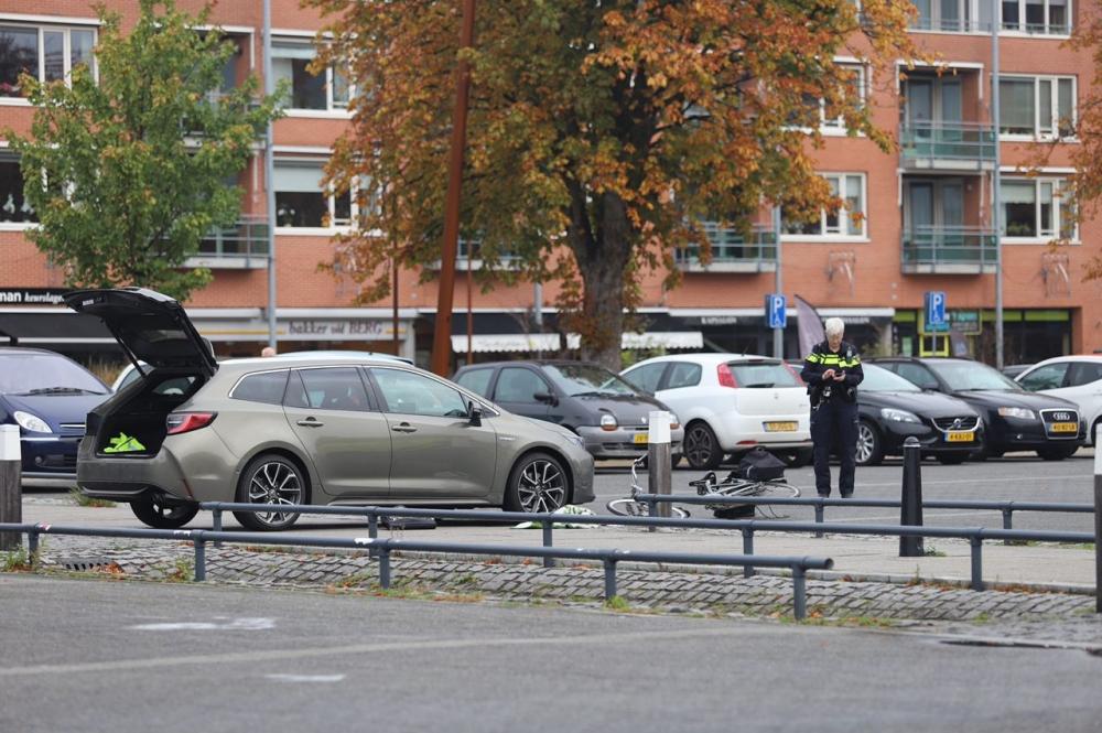 Fietser gewond na aanrijding in Burgum
