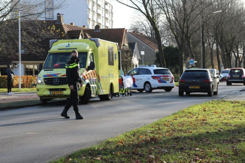 Fietsster gewond bij aanrijding met busje